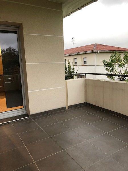 Appartement à louer 3 59m2 à Toulouse vignette-3