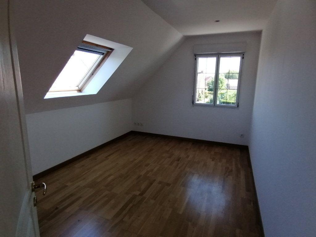 Maison à louer 5 166.31m2 à Locon vignette-5