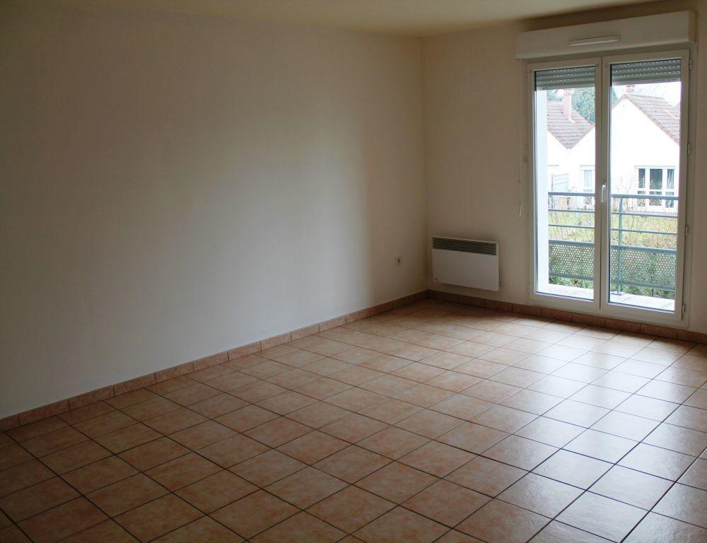 Appartement à louer 3 62m2 à Béthune vignette-1