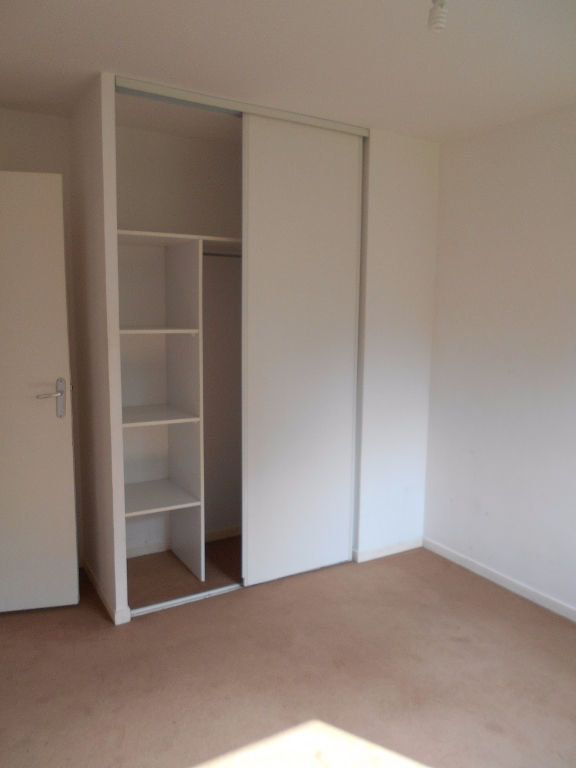 Appartement à louer 3 55m2 à Verquin vignette-5