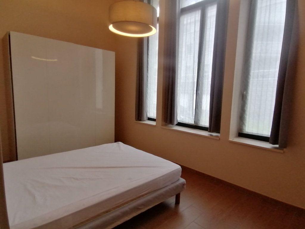 Appartement à louer 3 70m2 à Béthune vignette-4