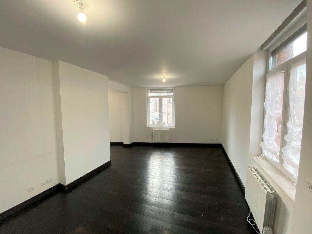 Appartement à louer 3 88m2 à Béthune vignette-2