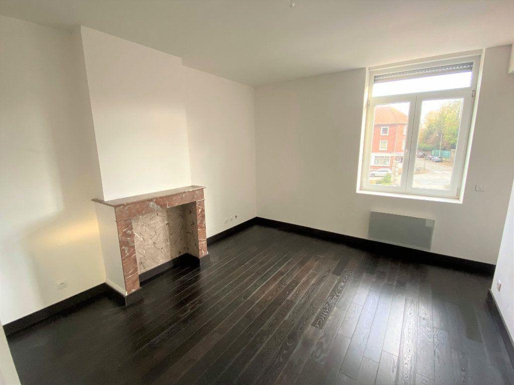 Appartement à louer 3 88m2 à Béthune vignette-4