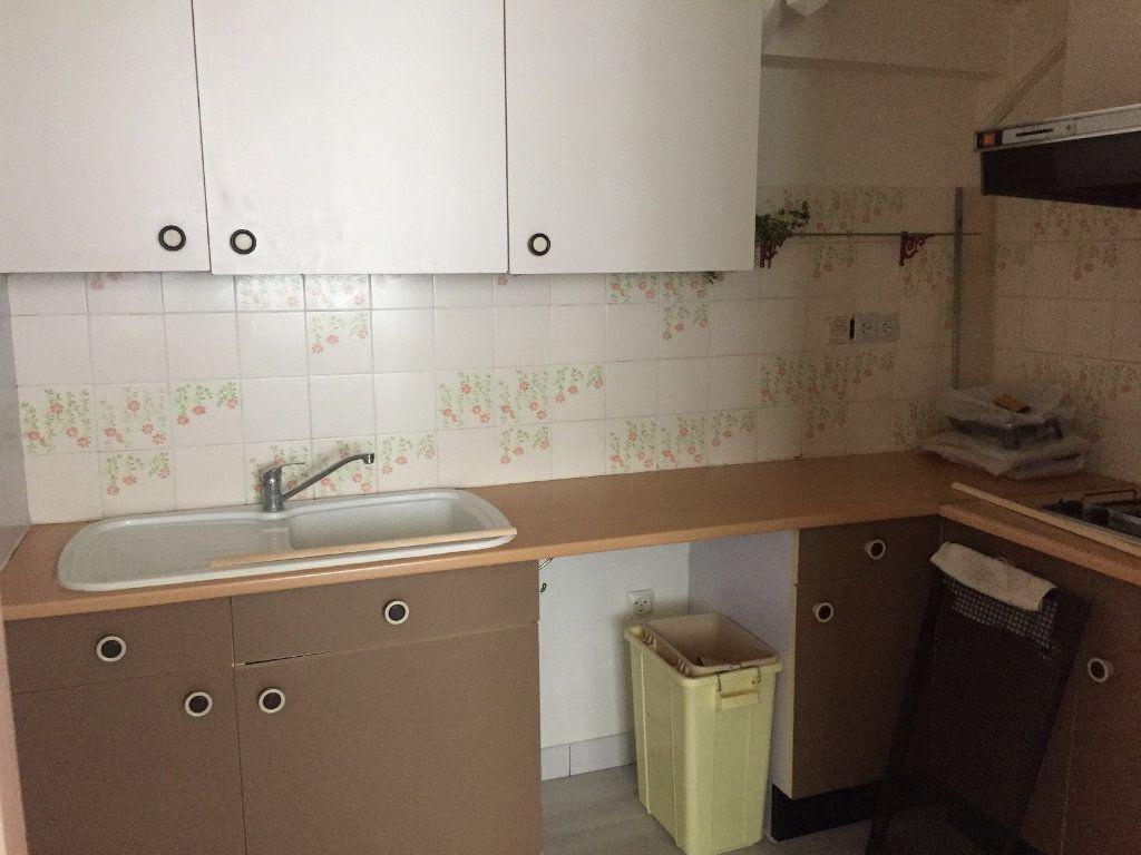 Appartement à louer 2 45m2 à Béthune vignette-2