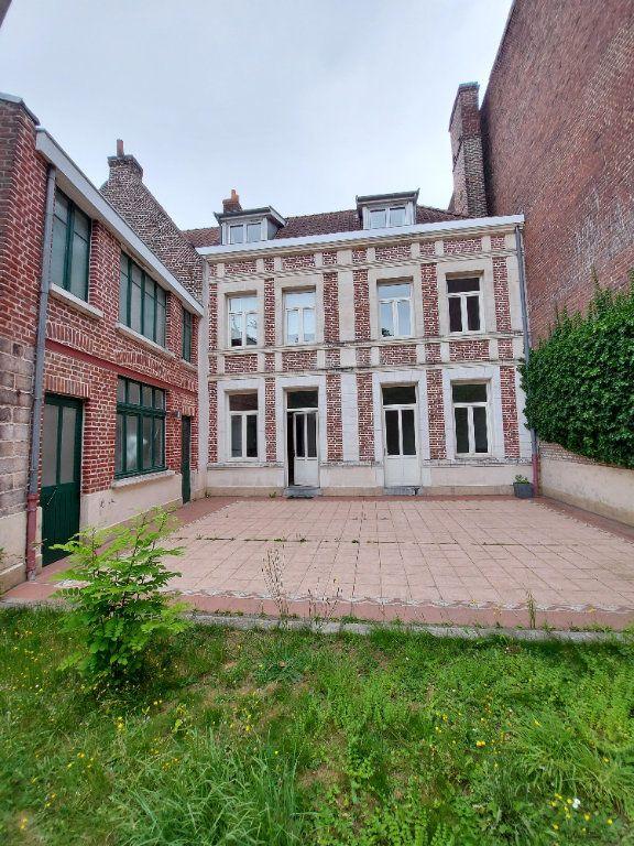 Maison à vendre 7 300m2 à Béthune vignette-1