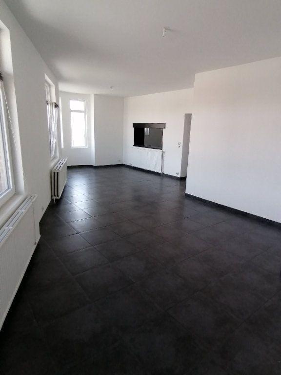 Appartement à louer 3 93.54m2 à Béthune vignette-1