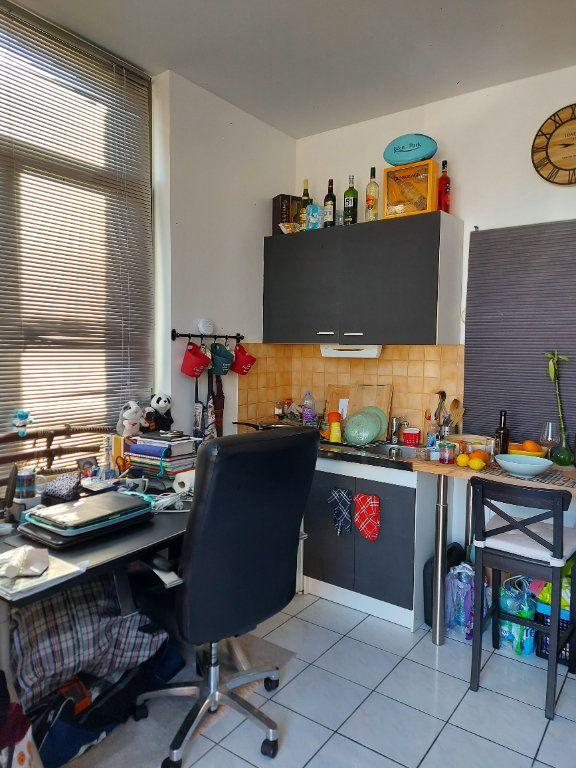 Appartement à vendre 1 22m2 à Béthune vignette-2