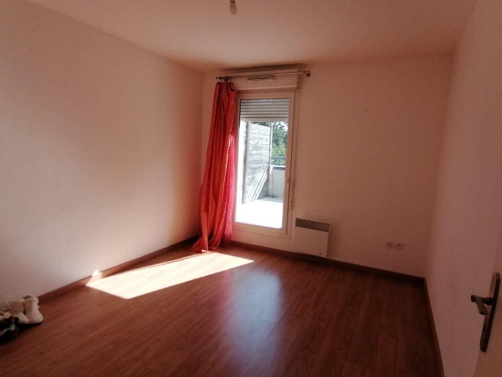 Appartement à louer 2 51.8m2 à Béthune vignette-3