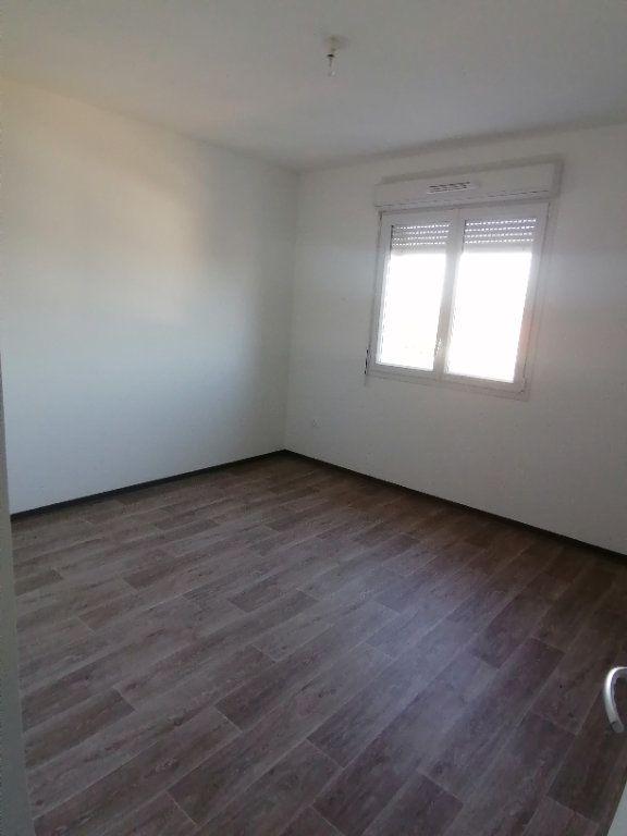 Appartement à louer 3 60.43m2 à Béthune vignette-4