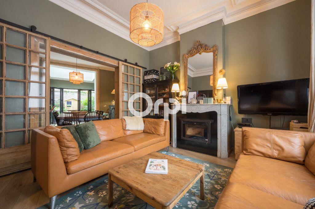 Maison à vendre 5 151.3m2 à Béthune vignette-2