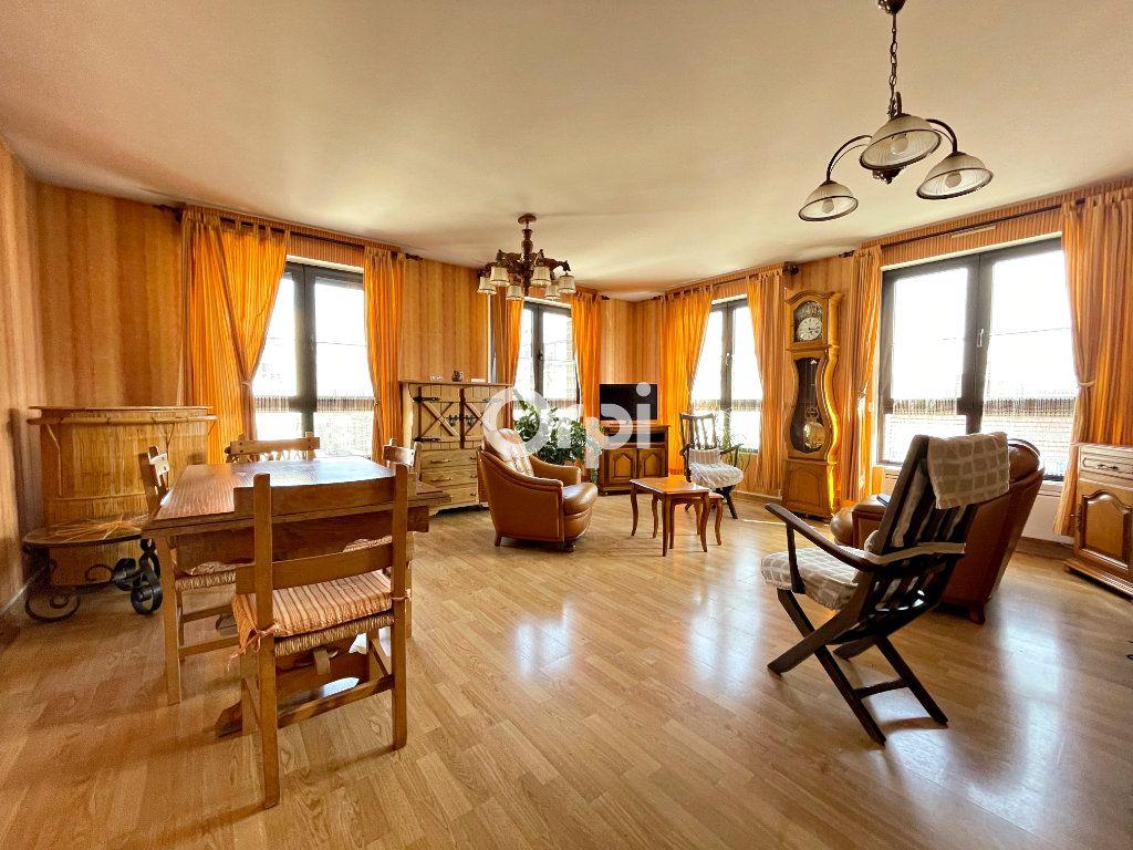 Appartement à vendre 4 87m2 à Béthune vignette-1