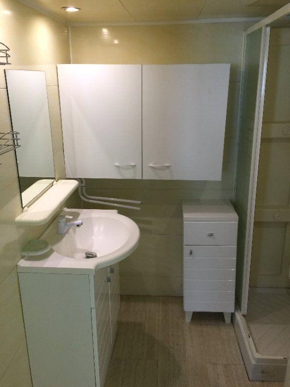 Appartement à louer 2 55m2 à Béthune vignette-5
