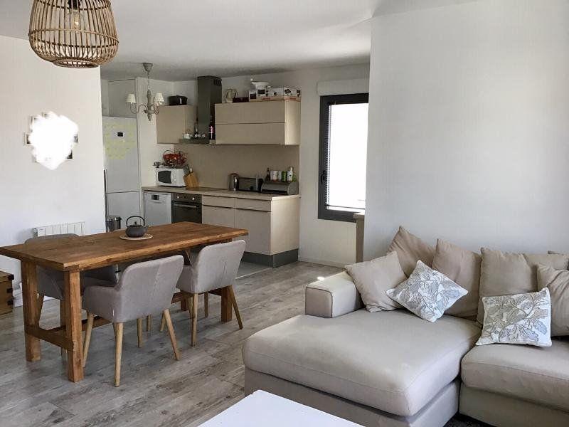 Appartement à louer 3 72m2 à Béthune vignette-1