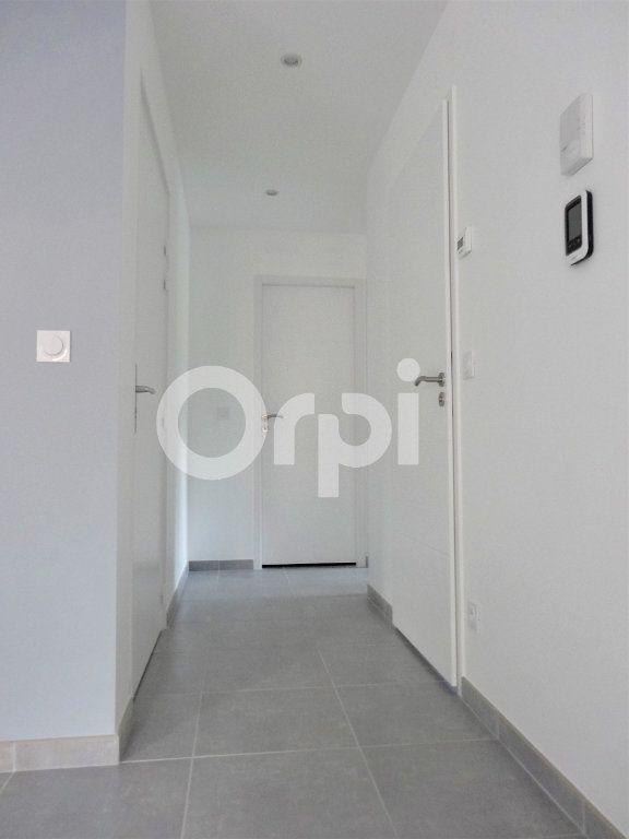 Appartement à louer 3 50.28m2 à La Motte-Servolex vignette-3