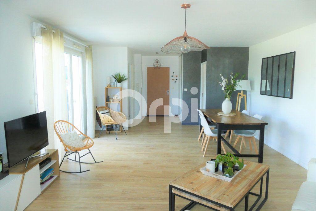 Appartement à vendre 4 90.7m2 à La Ravoire vignette-2