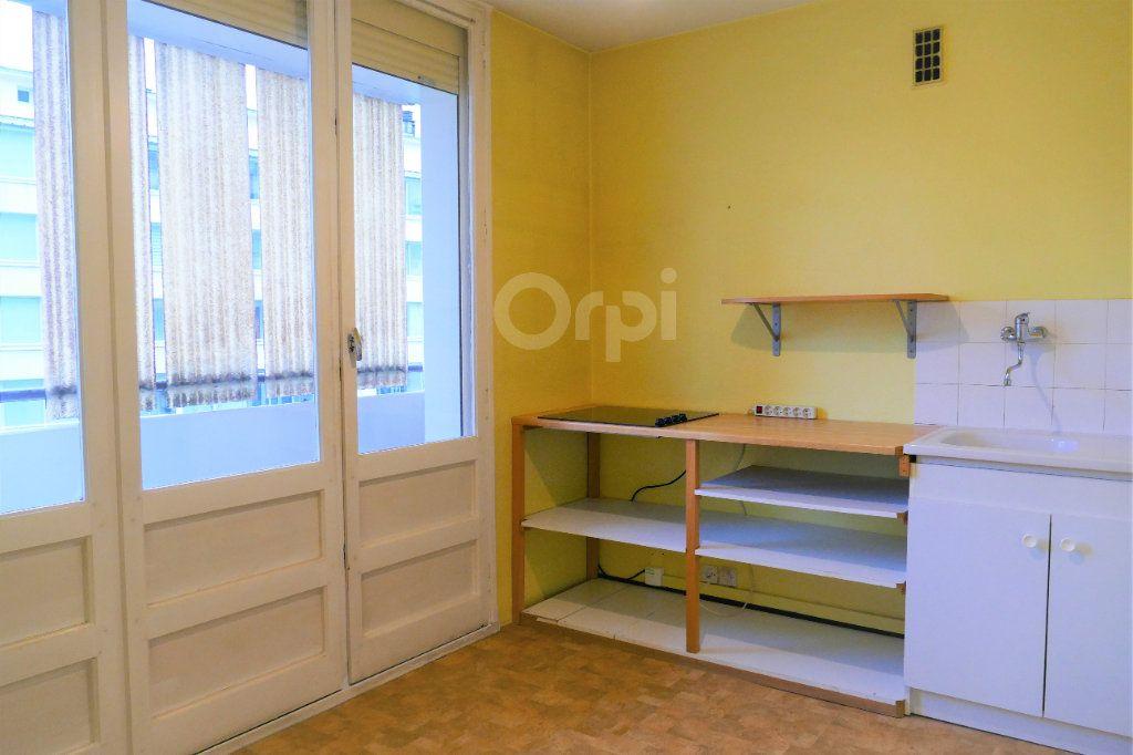 Appartement à louer 2 43.77m2 à Chambéry vignette-5