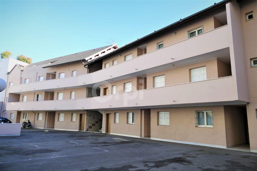Appartement à louer 1 14.25m2 à Chambéry vignette-1
