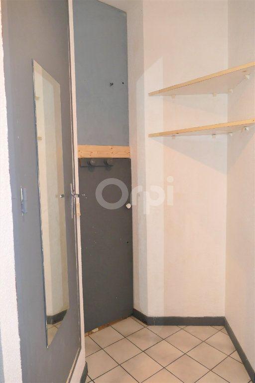 Appartement à louer 1 14.25m2 à Chambéry vignette-4