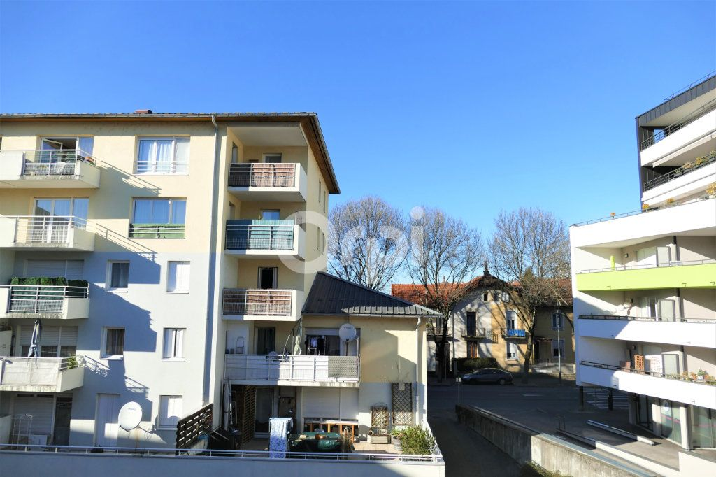 Appartement à louer 1 14.25m2 à Chambéry vignette-9