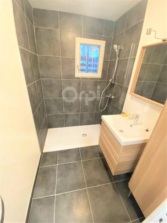 Appartement à louer 1 14.72m2 à Chambéry vignette-3