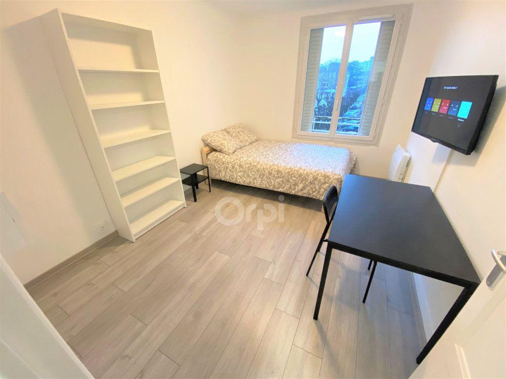 Appartement à louer 1 14.72m2 à Chambéry vignette-5