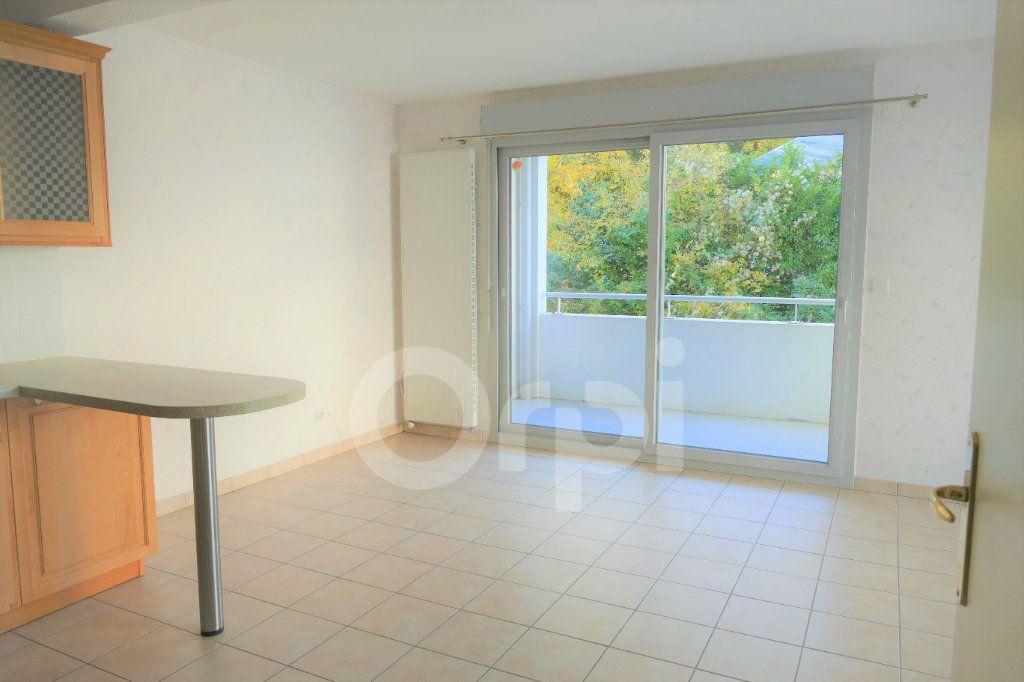 Appartement à vendre 4 81.22m2 à Chambéry vignette-4