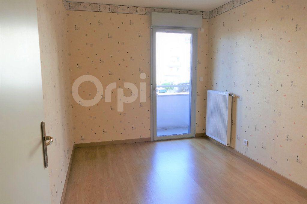 Appartement à vendre 4 81.22m2 à Chambéry vignette-10