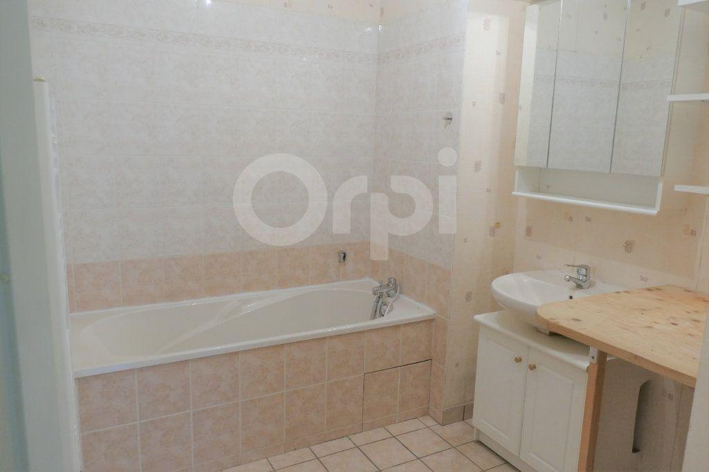 Appartement à vendre 4 81.22m2 à Chambéry vignette-13