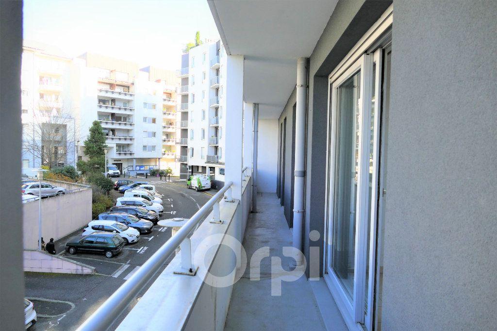 Appartement à vendre 4 81.22m2 à Chambéry vignette-14