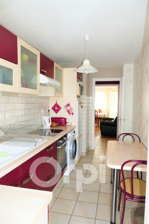 Appartement à vendre 3 65.43m2 à Chambéry vignette-8