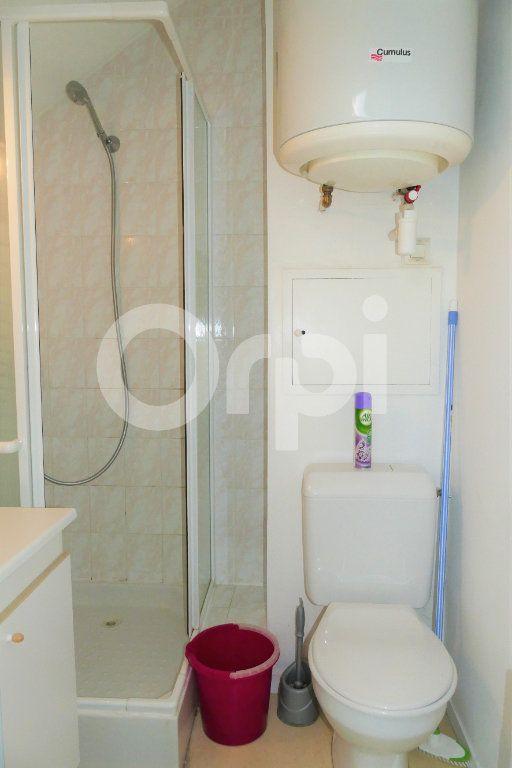 Appartement à louer 1 20m2 à Chambéry vignette-9