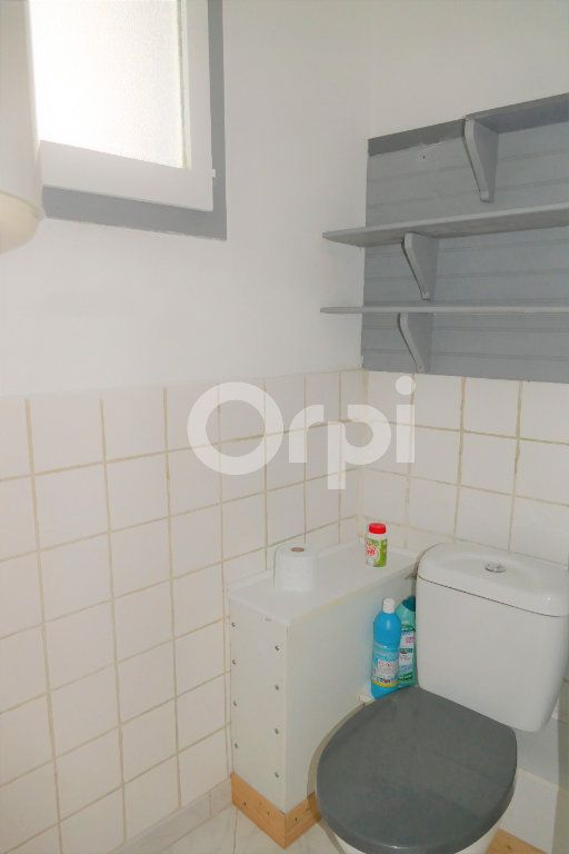 Appartement à louer 2 35m2 à Chambéry vignette-9