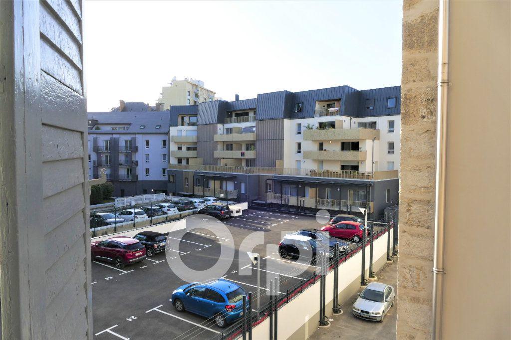 Appartement à louer 1 31m2 à Chambéry vignette-3