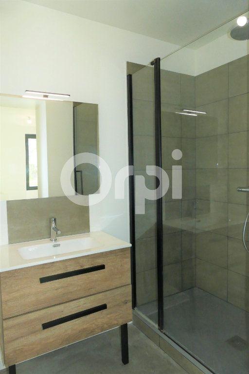 Appartement à louer 4 83.23m2 à Chambéry vignette-14