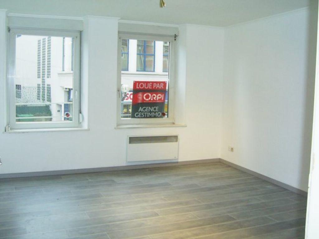 Appartement à louer 3 48m2 à Hayange vignette-1