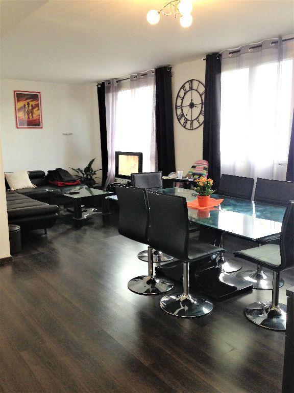 Appartement à louer 5 88.24m2 à Hayange vignette-7