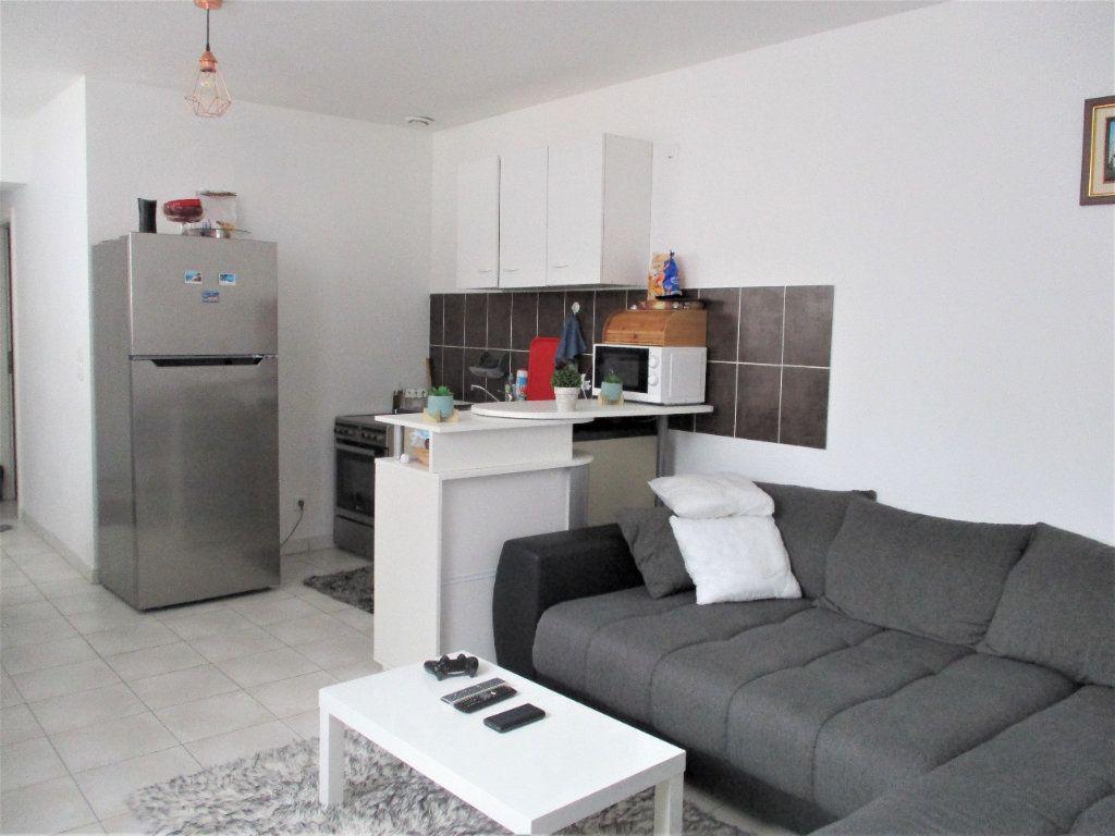 Appartement à louer 2 52.65m2 à Hayange vignette-5