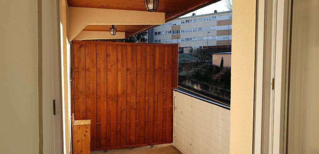 Appartement à louer 1 33m2 à Knutange vignette-5