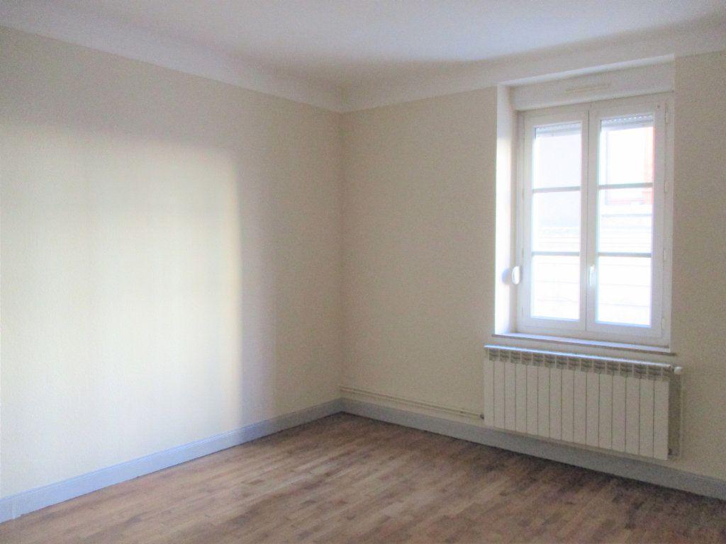 Appartement à louer 3 55m2 à Hayange vignette-1