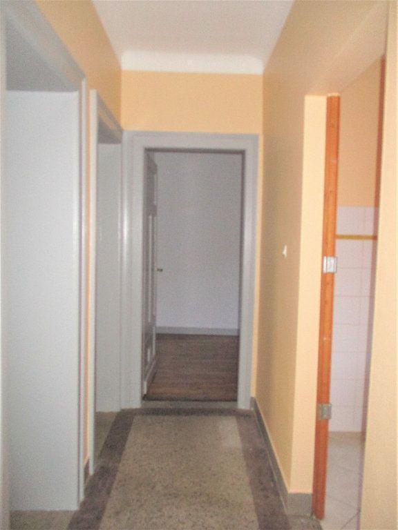 Appartement à louer 3 55m2 à Hayange vignette-3