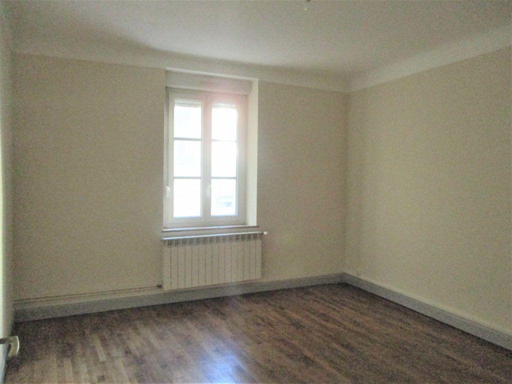 Appartement à louer 3 55m2 à Hayange vignette-5