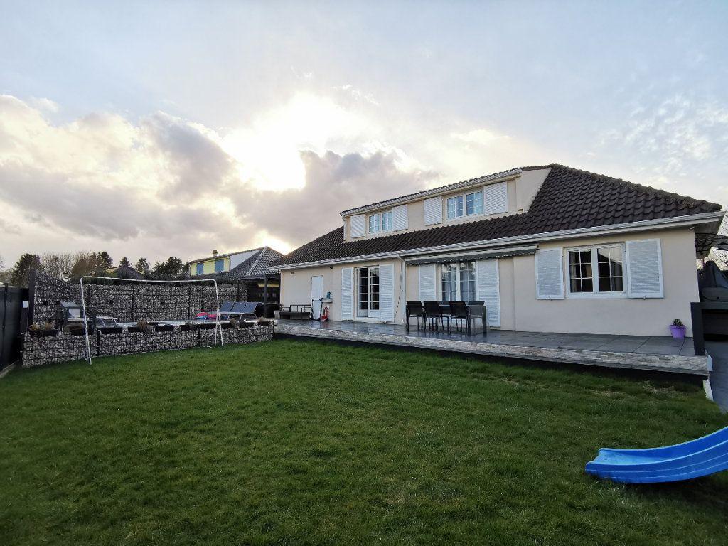 Maison à vendre 6 132m2 à Tressange vignette-2