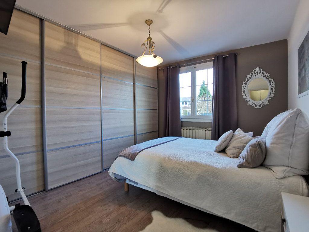 Maison à vendre 6 132m2 à Tressange vignette-6