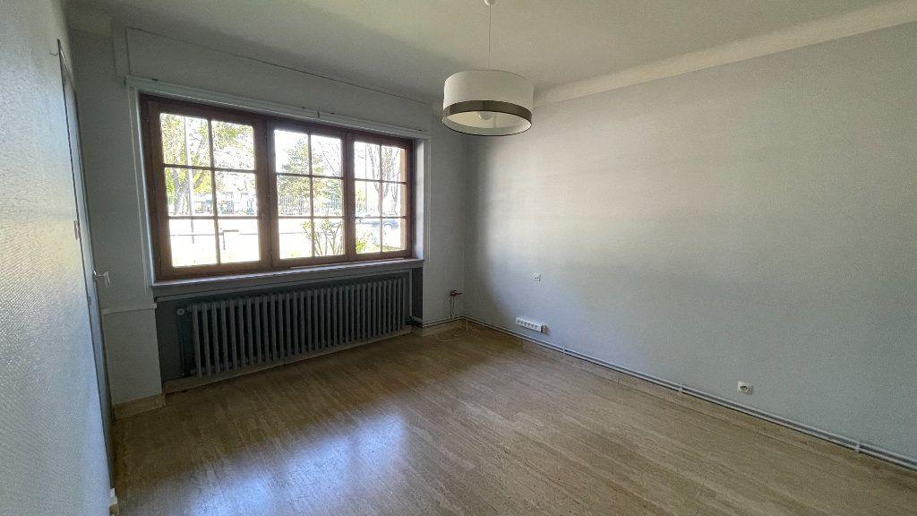 Maison à vendre 8 170m2 à Fameck vignette-3