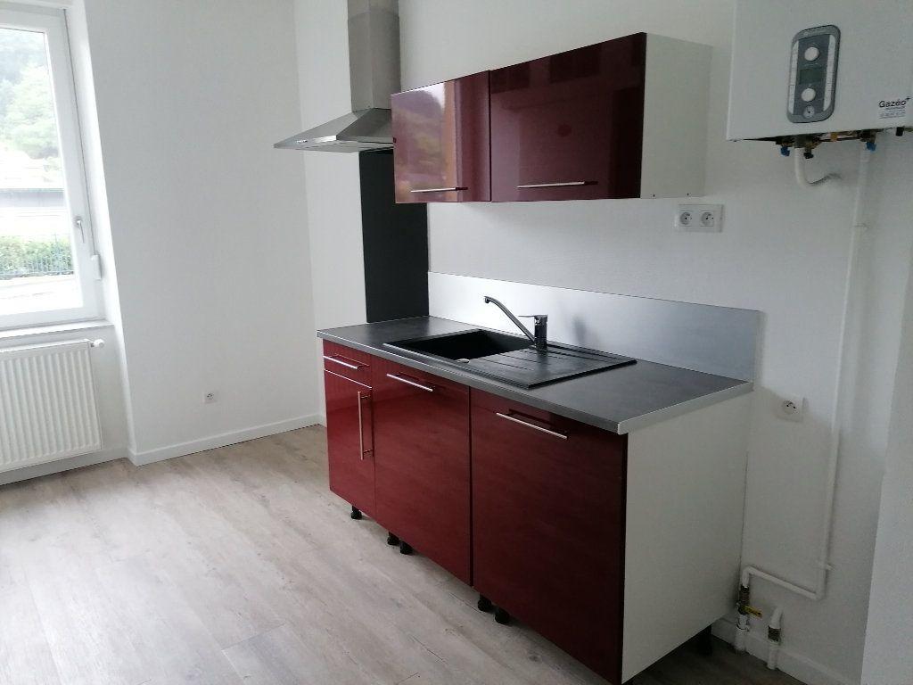 Appartement à louer 3 54m2 à Algrange vignette-1