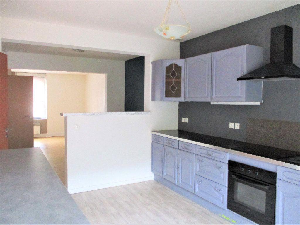 Appartement à louer 2 48m2 à Hayange vignette-1