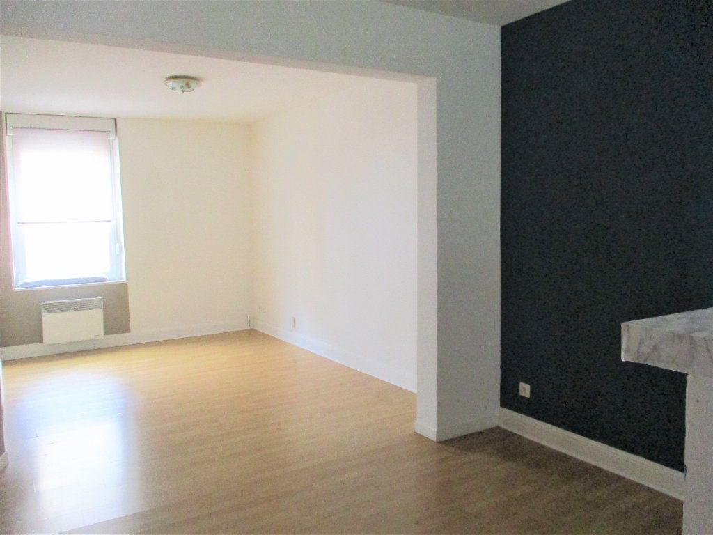 Appartement à louer 2 48m2 à Hayange vignette-2