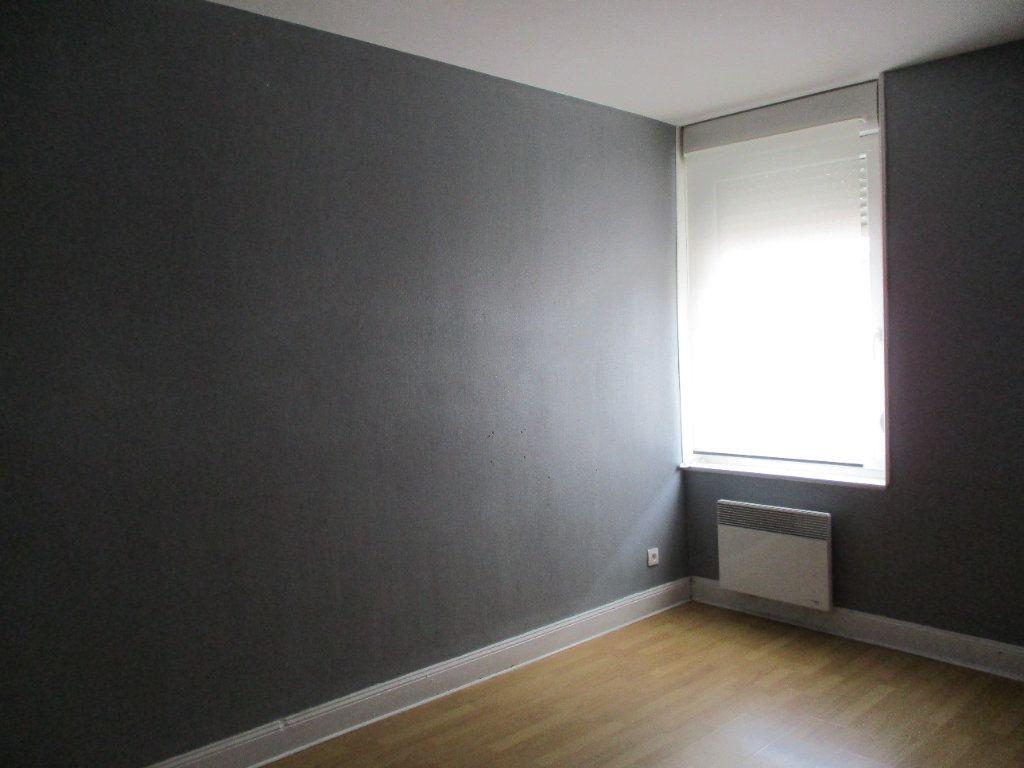 Appartement à louer 2 48m2 à Hayange vignette-4