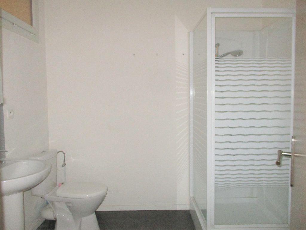 Appartement à louer 2 48m2 à Hayange vignette-5