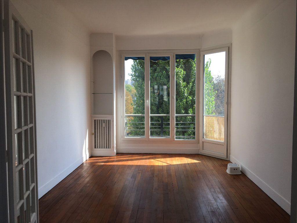 Appartement à louer 4 65.02m2 à Vanves vignette-2